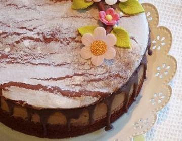 Herbstliche Bohnen-Schokoladetorte mit Nougatcreme