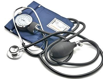 Stethoskop und Blutdruckmanschette