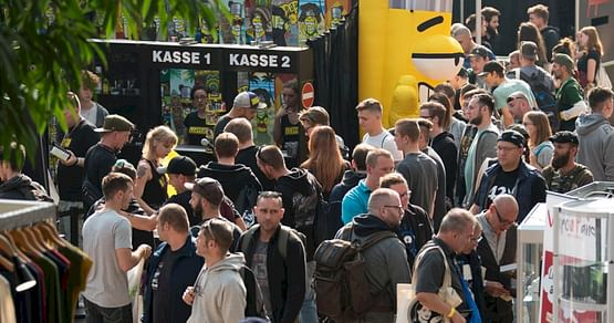 Gewinne 2x2 Tickets & Hanf-Badekugel