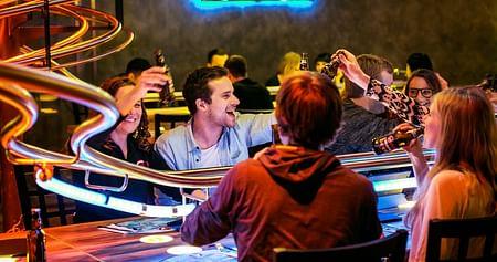 2x Abendessen inkl. Getränke bei Rollercoasterrestaurant Wien