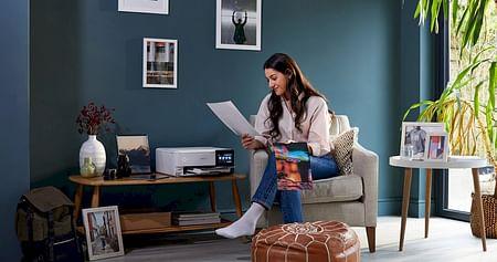 Sie sind die praktischen Helferlein für jede Lebenslage im Studi-Alltag, und jetzt auch noch günstiger! Der Epson Studentenrabatt verbilligt dir deinen neuen patronenlosen EcoTank-Drucker oder neuen Projektor um 30%.