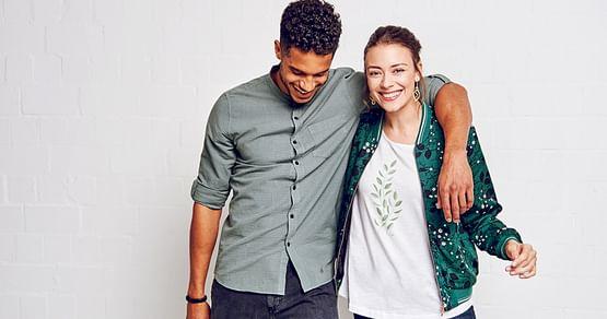 Faire Kleidung zum reduzierten Preis. Alsiamstudent PLUSMitglied sparst du mit unserem Studentenrabatt für das nachhaltige ModelabelGREENBOMBjetzt statt 20% ganze 25%!