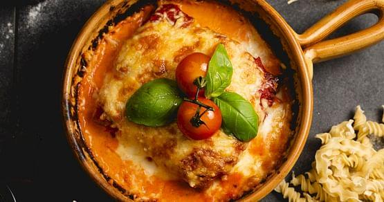 Schlemm dich durch die italienische Küche desPiPaPo Marktrestaurantsin Graz und erlebe frischgemachte Pasta und leckere Pizza! Als iamstudent PLUS Mitglied sparst du immer20% auf alle Take Away Speisen.
