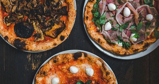 Der Schlüssel zum Erfolg der Pizzeria Minante ist einfach: Hochwertige Gerichte, die stets den Gaumen erfreuen. Als iamstudent PLUS Mitglied sparst du bei jeder Abholung oder Konsumation vor Ort jetzt 15% auf alle Pizzen.